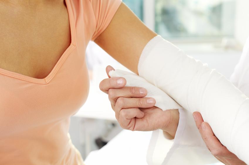 vanlige komplikasjoner etter overarmsbrudd